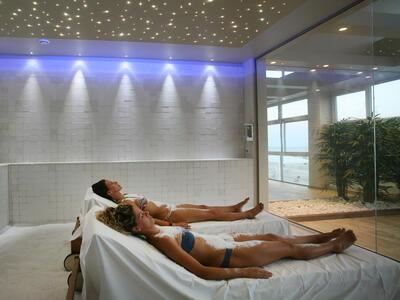 hotelduemari it inizio-settembre-al-mare-in-hotel-4-stelle-a-rimini 012