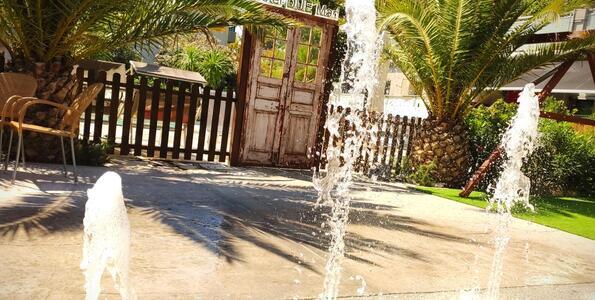 hotelduemari fr juillet-special-familles-a-l-hotel-pres-de-la-mer-et-avec-piscine 008