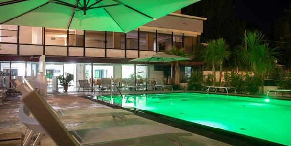hotelduemari fr special-meeting-rimini-a-l-hotel-4-etoiles-a-la-mer 006