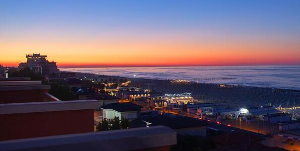 hotelduemari it camere-e-suite-nuove-vista-mare-in-hotel-4-stelle-a-rimini 005
