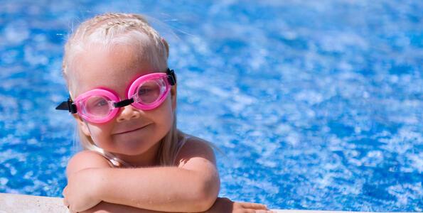 hotelduemari it offerta-week-end-last-minute-hotel-al-mare-con-piscina-a-rimini 006