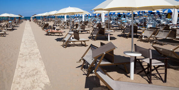 hotelduemari en july-early-august-offer-by-the-sea-in-a-4-star-hotel-in-rimini 006