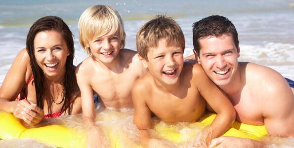 hotelduemari fr juillet-special-familles-a-l-hotel-pres-de-la-mer-et-avec-piscine 005