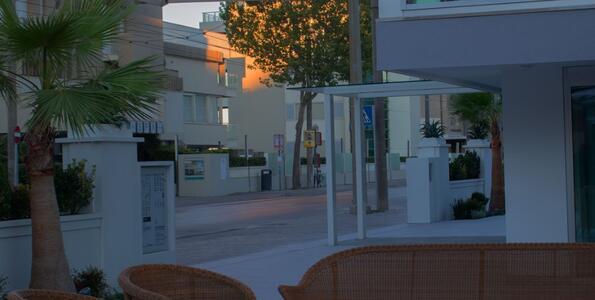 hotelduemari it offerta-moto-gp-misano-in-hotel-a-rimini-vicino-al-mare 008