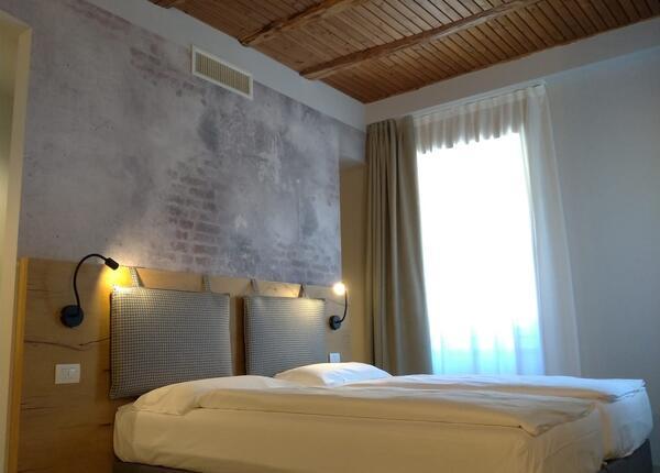 upgarda it offerta-settembre-e-ottobre-per-soggiorni-di-coppia-in-hotel-sul-lago-di-garda 009
