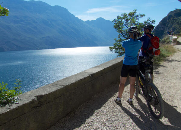 upgarda it settembre-tour-in-e-bike-sul-lago-di-garda 008
