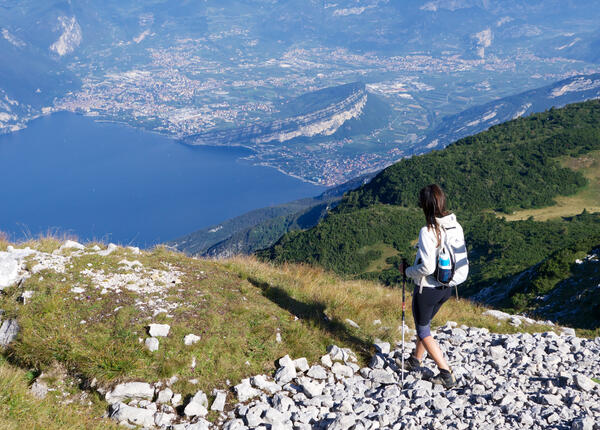 upgarda en special-offer-for-september-and-october-3-days-of-trekking-in-our-hotel-at-lake-garda 013