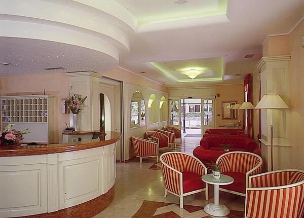 hotelolivo.upgarda it speciale-soggiorni-business-in-hotel-ad-arco-sul-lago-di-garda 011