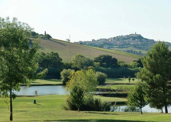 golf.oxygenhotel it offerta-weekend-golf-in-hotel-a-rimini-con-parcheggio-colazione-e-cena 010