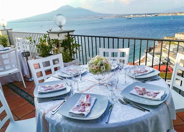 lapanoramicahotel it offerta-agosto-hotel-castellammare-di-stabia-con-colazione-panoramica 017