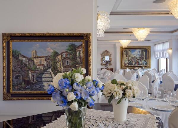 lapanoramicahotel fr offre-paques-hotel-4-etoiles-a-la-mer-naples-avec-dejeuner-inclus 017