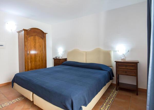 lapanoramicahotel en may-offer-hotel-castellammare-near-the-sorrento-peninsula 015