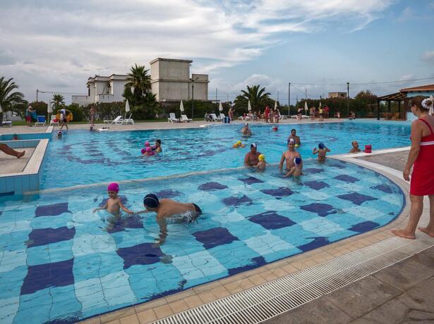 royalsgatehotel fr offre-septembre-sur-le-gargano-a-l-hotel-4-etoiles-a-la-mer 012