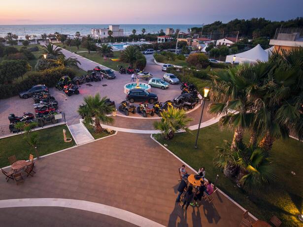 royalsgatehotel it offerta-meta-settembre-a-rodi-garganico-in-hotel-sul-mare 013