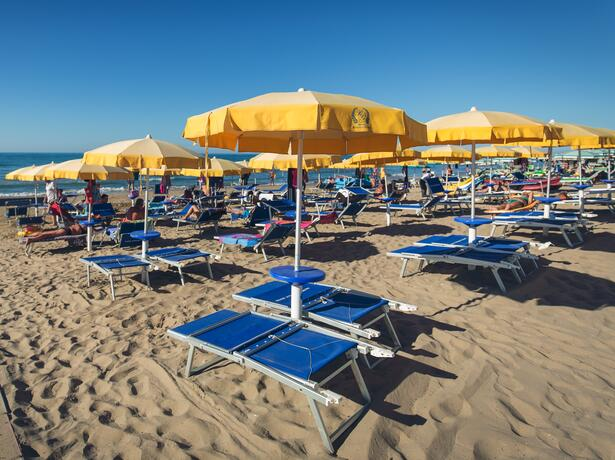 royalsgatehotel it offerta-meta-settembre-a-rodi-garganico-in-hotel-sul-mare 015