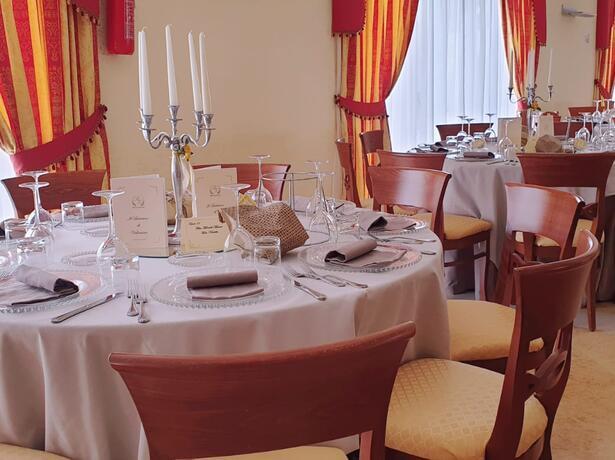 royalsgatehotel it offerta-rodi-garganico-battesimi-cresime-comunioni-e-cerimonie 012