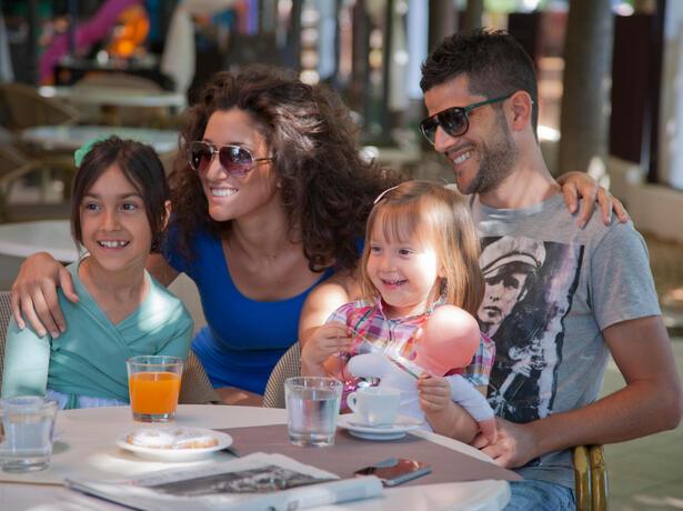 hotelfraipini it offerta-luglio-miglior-prezzo-in-pensione-completa-a-rimini 020
