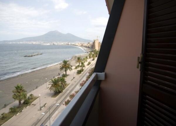 stabiahotel it weekend-romantico-castellammare-di-stabia-in-hotel-4-stelle-vista-mare 023