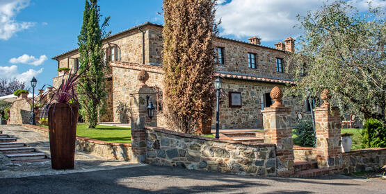 poggioparadisoresort en vintage-car-tour-in-tuscany 020