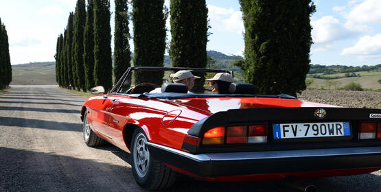 poggioparadisoresort en vintage-car-tour-in-tuscany 017