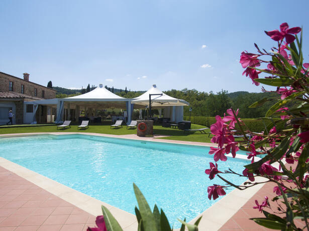 poggioparadisoresort fr aout-dans-un-resort-en-toscane-avec-piscine 005
