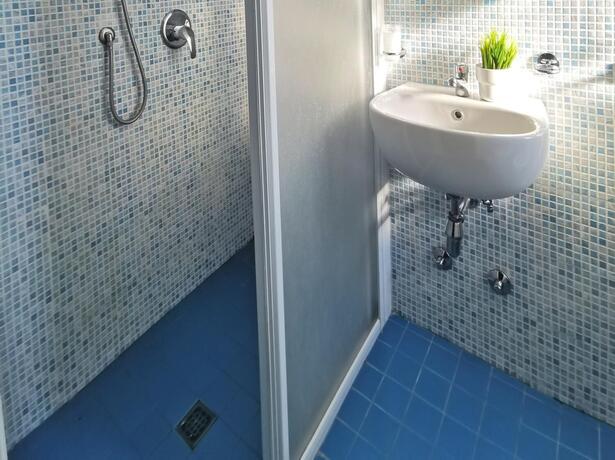 hotelbelliniriccione it offerta-a-giugno-in-hotel-a-riccione-vicino-al-mare-e-viale-ceccarini 015