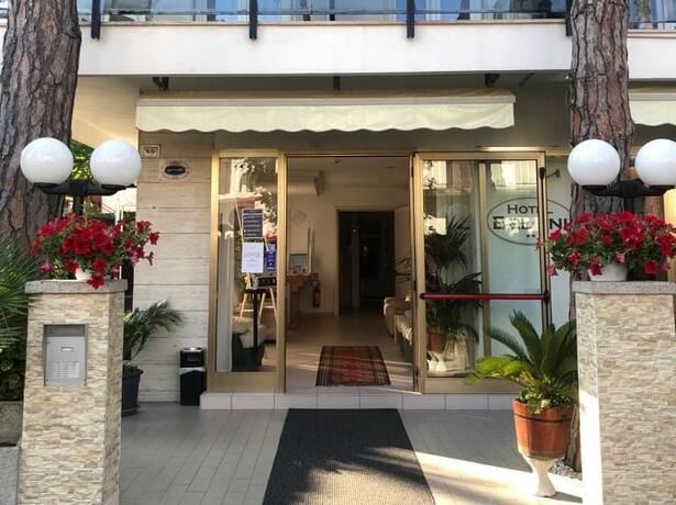 hotelbelliniriccione it offerta-vacanza-di-maggio-in-hotel-a-riccione-vicino-al-mare 018