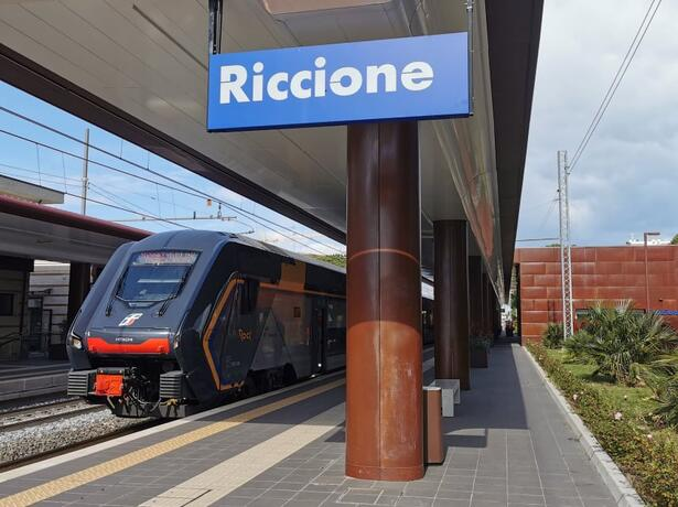 hotelbelliniriccione it riccione-in-treno-2021 013