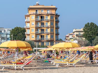 hotelcarltonbeach en offer-august-in-marebello-di-rimini-children-stay-free 029