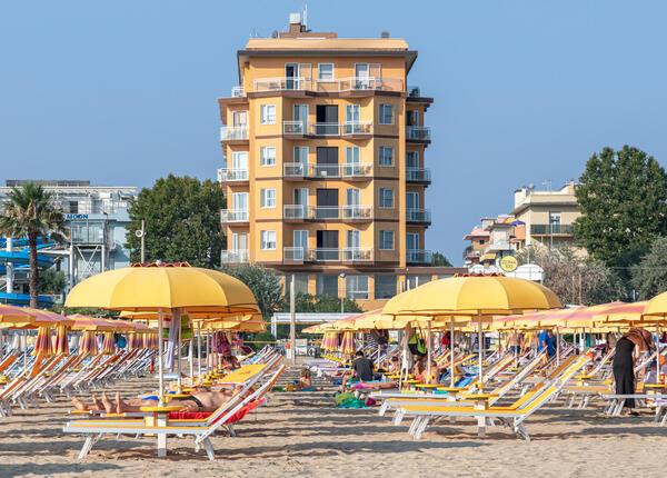 hotelcarltonbeach en offer-august-in-marebello-di-rimini-children-stay-free 024