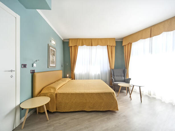 hotelermitage en offer-august-family-hotel-bellaria-on-the-sea-with-entertainment 011