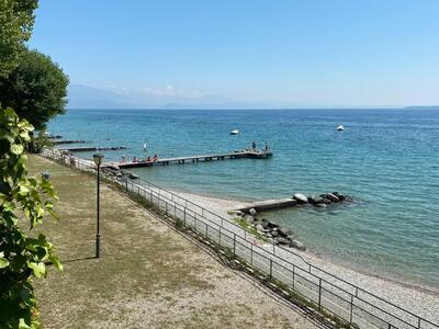 campingrivablu it offerta-vacanze-sul-lago-di-garda-in-camping-village-con-spiaggia 019