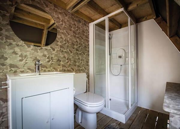 campingrivablu it offerta-vacanze-sul-lago-di-garda-in-camping-village-con-spiaggia 012