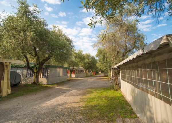campingrivablu it promozione-1-notte-gratis-in-camping-village-sul-lago-di-garda 013