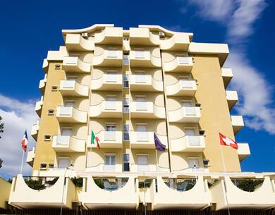 hoteloceanic it speciale-luglio-a-bellariva-di-rimini-con-piscina-animazione-per-bambini-e-serate-a-tema 015