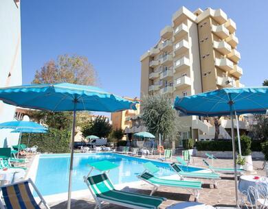 hoteloceanic it speciale-luglio-a-bellariva-di-rimini-con-piscina-animazione-per-bambini-e-serate-a-tema 012