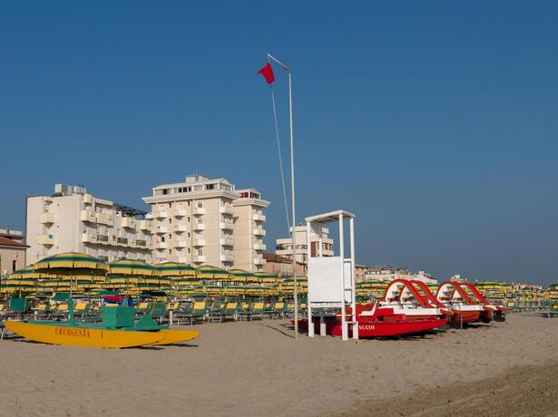 gambrinusrimini it offerta-settembre-hotel-per-famiglie-con-piscina-vicino-al-mare-a-marebello-rimini 017