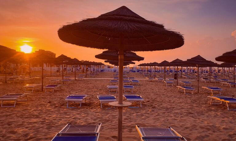 gambrinusrimini en offer-for-july-in-family-hotel-with-pool-in-rimini-near-the-sea 018