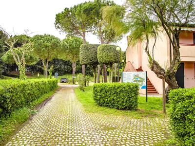 tizevillage en special-offer-for-couples-september-in-apartments-in-rosolina-mare 021