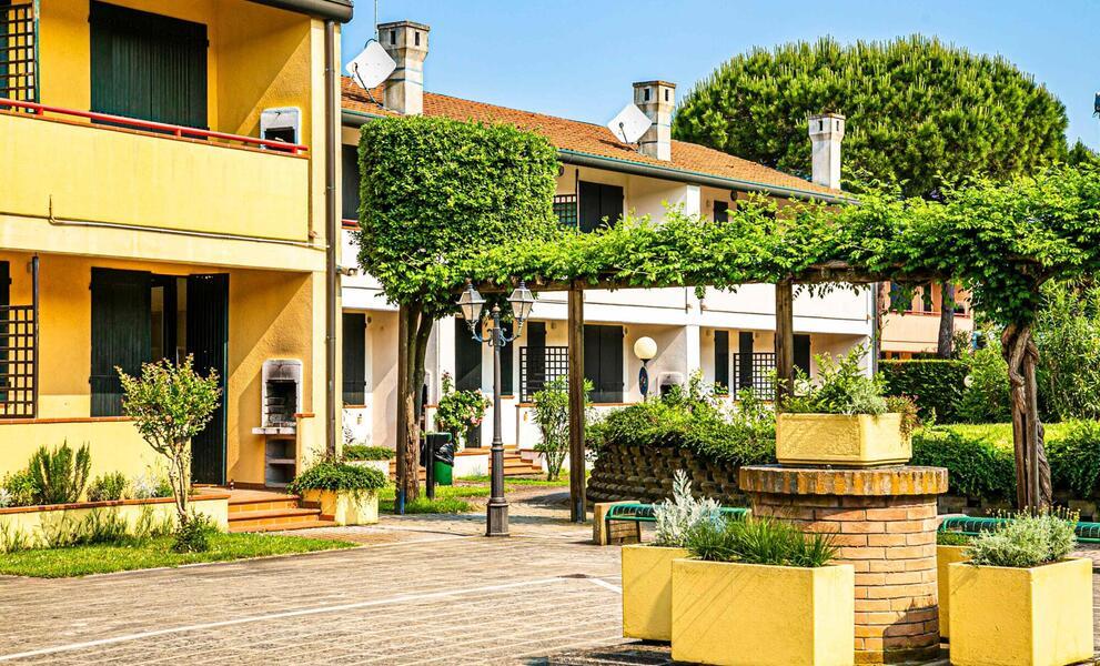 tizevillage it offerta-agosto-appartamenti-in-villaggio-per-famiglie-al-mare-con-piscina-rosolina-delta-po-veneto 014