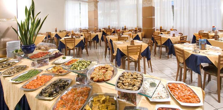 hotelprimulazzurra.unionhotels it offerta-agosto-all-inclusive-in-hotel-3-stelle-vicino-al-mare-per-famiglie 011