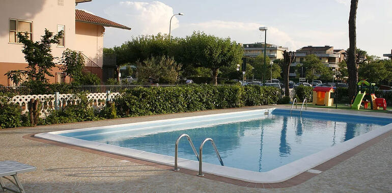 hotelprimulazzurra.unionhotels it offerta-festival-aquiloni-a-pinarella-di-cervia-per-famiglie-con-spiaggia-gratis 011