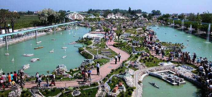 hotelperu it hotel-rimini-con-parco-omaggio-in-bb 013
