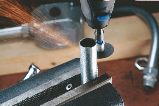Dremel 5 dischi da taglio per metalli sc456 ez speedclic dremel - Taglio piastrelle dremel ...