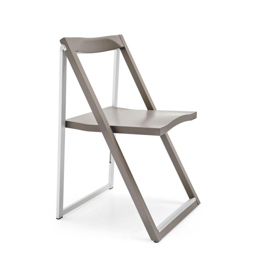 Sedia pieghevole in legno skip calligaris ideal sedia for Sedie design vicenza