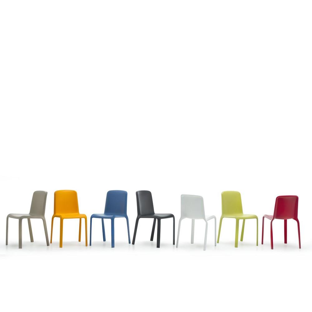 Sedia per esterni snow pedrali in polipropilene impilabile - Chaises de couleur ...