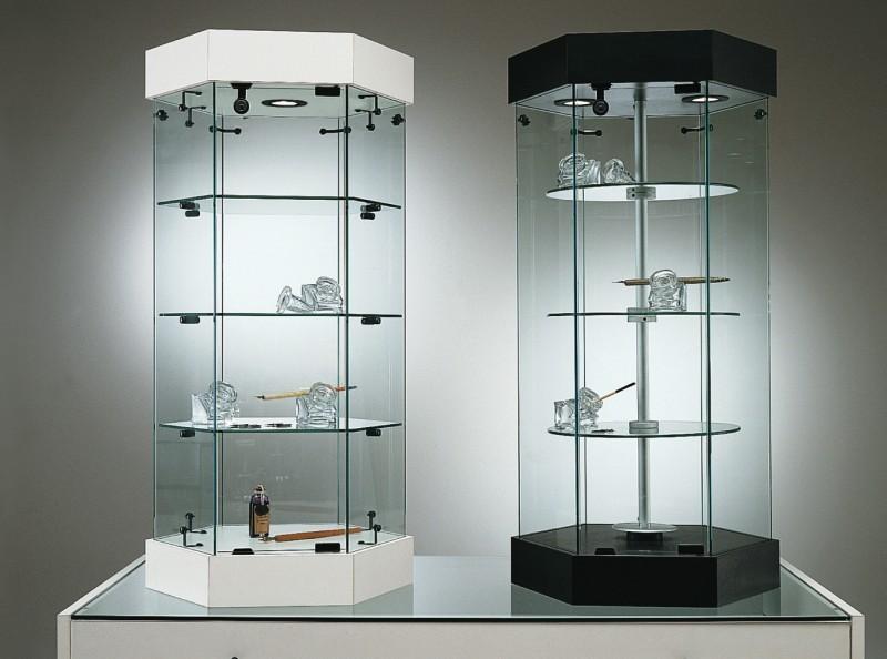 Vetrina esagonale girevole base nova e laminato legno for Vetrina in vetro