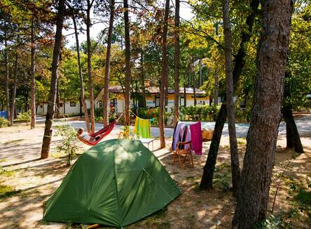 LONG STAY CAMPING