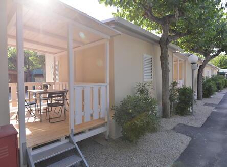 Offerta inizio giugno in bungalow sul mare nelle Marche