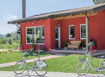 Vacanze in casa mobile o glamping tent sul Lago Trasimeno